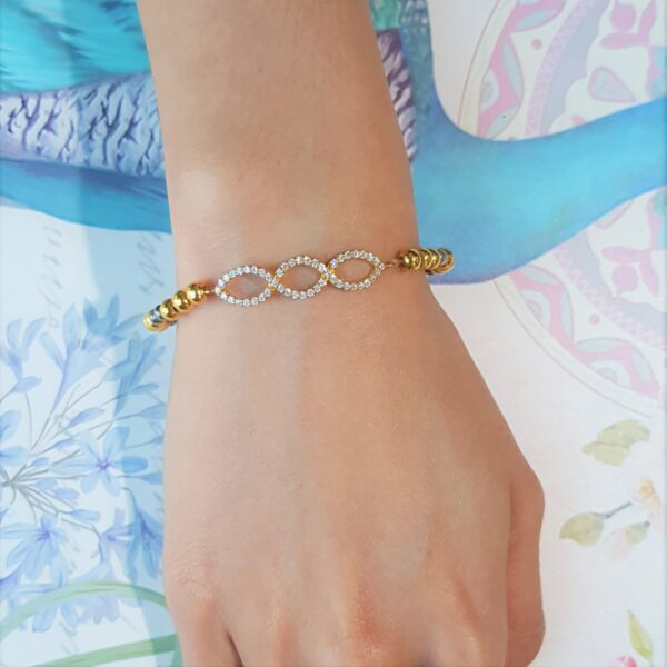 Interlink Wave Bead Bracelet