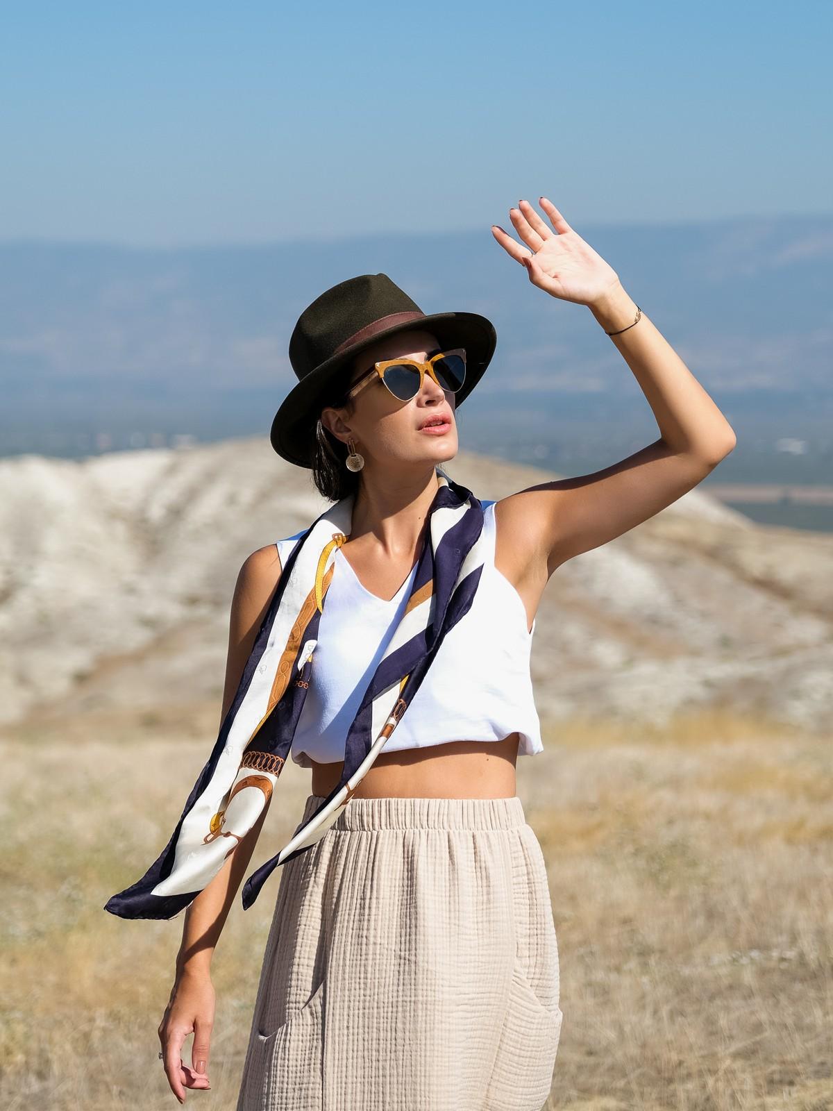 alba-skirt-beige5-1200x1600w