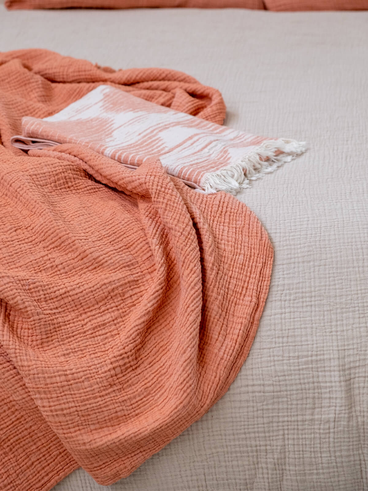cocoon-koltuk-sali-apricot-gingersnap-1200×1600