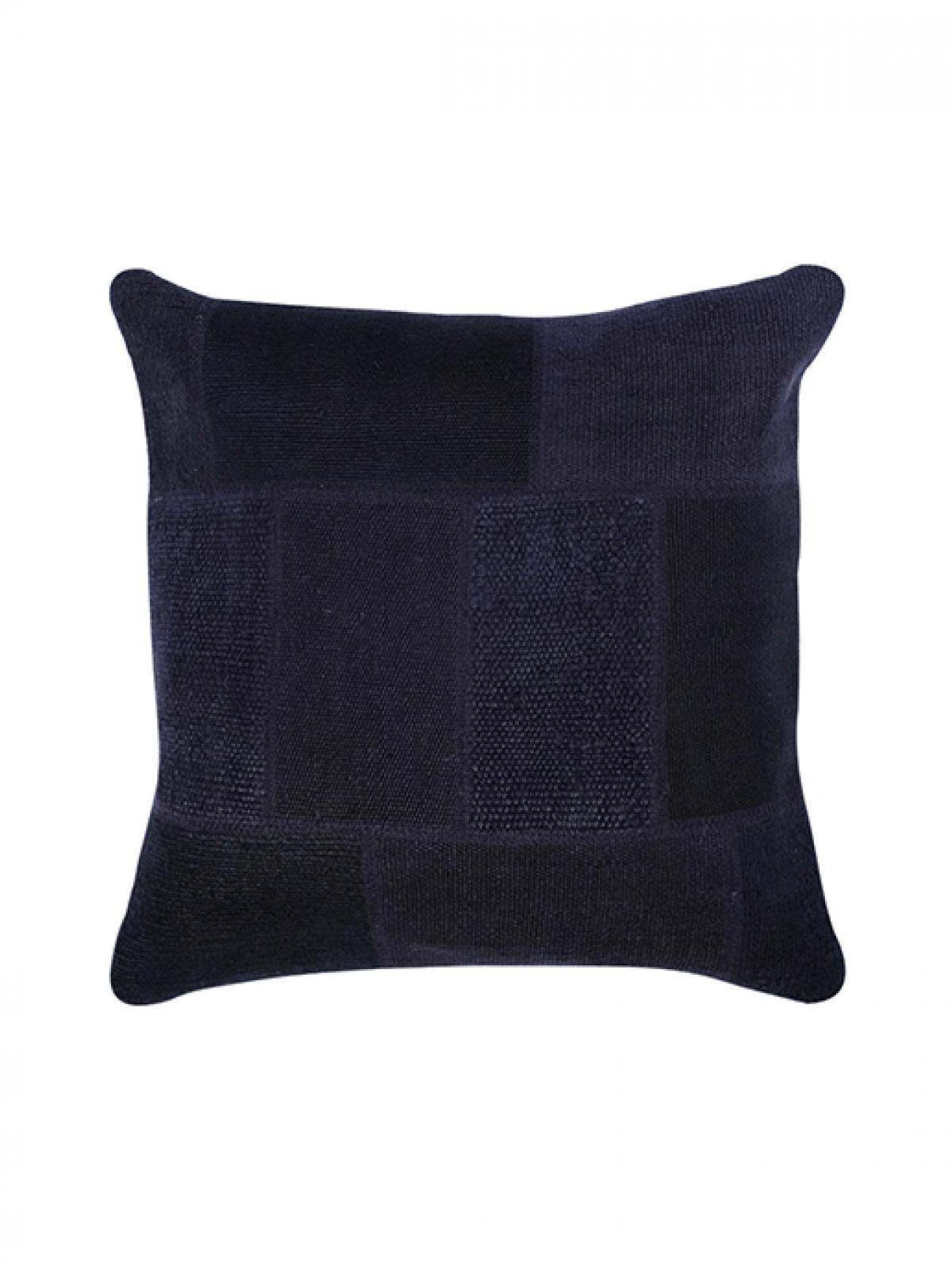 hemp-cushion-black-1200x1600h